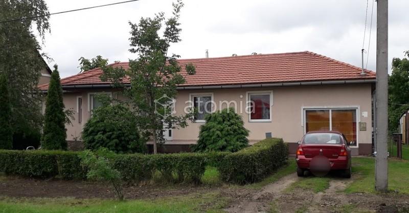 Dom v obci s termálnym kúpaliskom